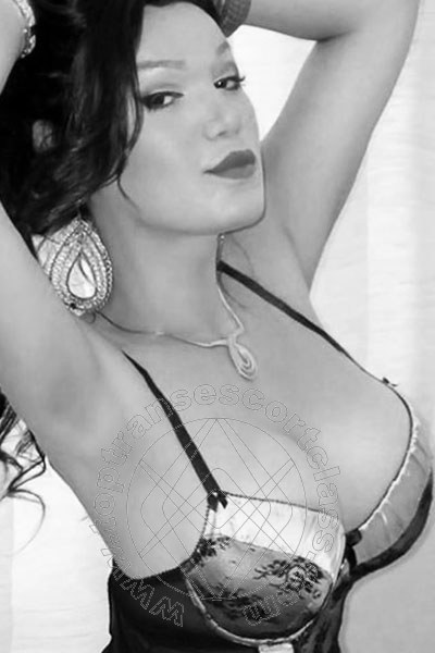 Jennifer Ferreira  CARPENTRAS 0033613325779